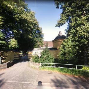Benrath (Orangerie Parkplatz)