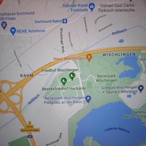 Revierpark Wischlingen Parkplatz an der Bahn 2