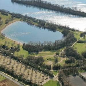 Elfrather See, der Hügel