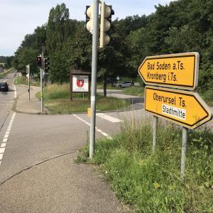 In Richtung Oberursel/gegenüber Stierstadt